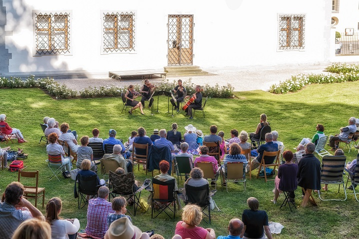 Open Air am Schloss